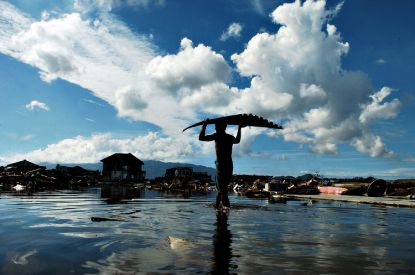 张涛摄影作品:海啸之后(组图)