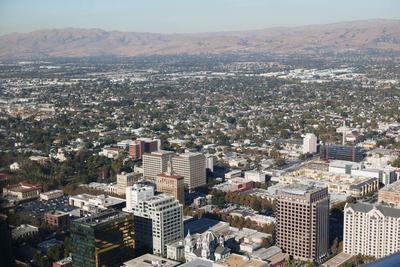 硅谷中产阶级:年入40万美元 依然过着吃土的日子