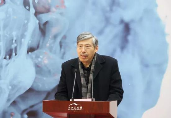 浙江省文联党组书记、副主席、书记处常务书记田宇原致辞并宣布开幕