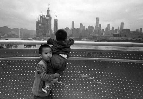 《哥的担当》摄影:@山中一石 来自于《生于街头》11月