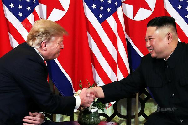 蓬佩奥:美国将对华为等中国科技公司实施签证限制