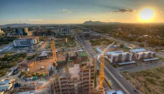 ▲博茨瓦纳正在建设中的CBD(图源:视物感觉中国)
