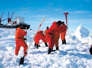 中国第33次南极科考昆仑站队出征南极内陆
