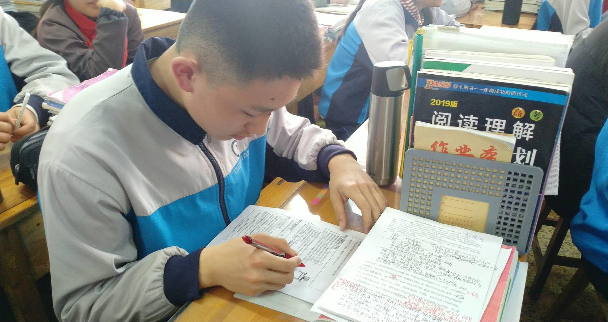 闯入西安交大少年班的济宁初中生,学习有独家门道