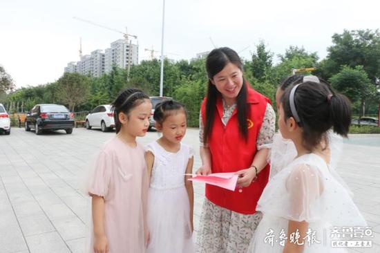 山东宁阳:有困难找志愿者 有时间做志愿者