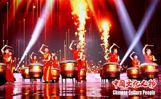 晚会节目异彩纷呈,弘扬中华优秀传统文化,凝聚世界华人力量,同心共筑中国梦