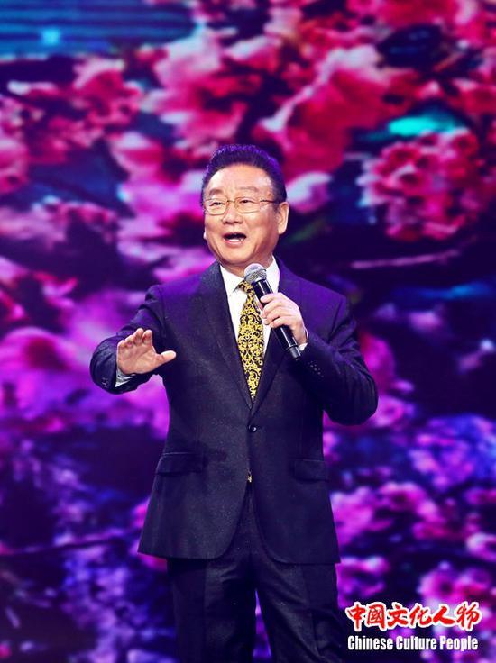著名歌唱家蒋大为用歌声向全球华人华侨表达新春祝福