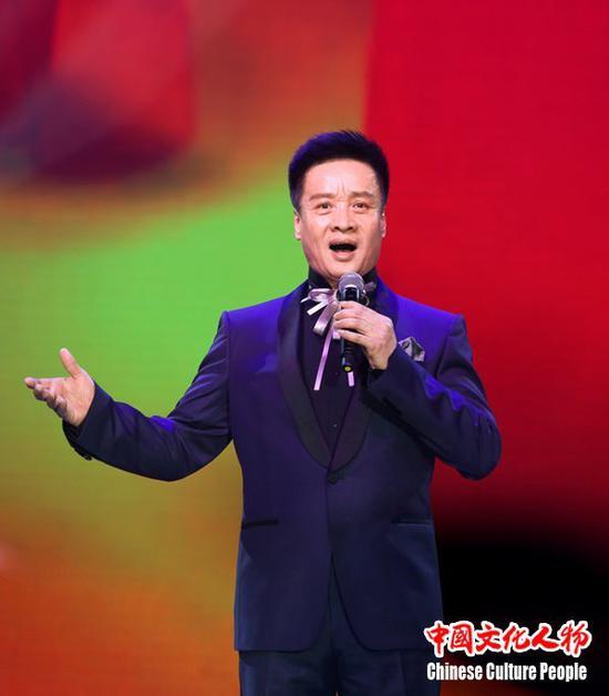 全国政协委员、著名歌唱家阎维文倾情演唱广为流传的经典歌曲