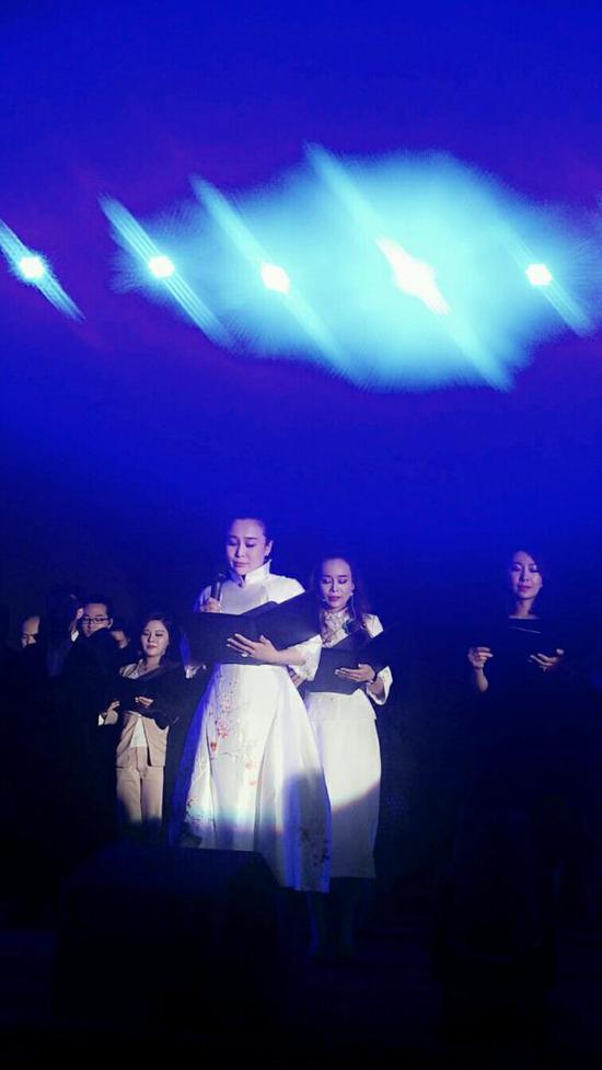 神马家人群颂《神笔马良创造美丽奇迹》,感动全场