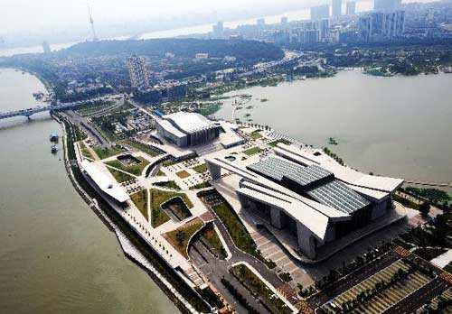 武汉琴台艺术中心 ↑