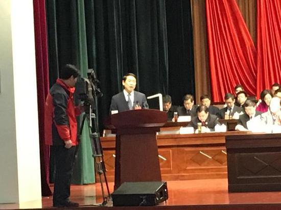 南阳市人大常委会主任杨其昌作工作报告