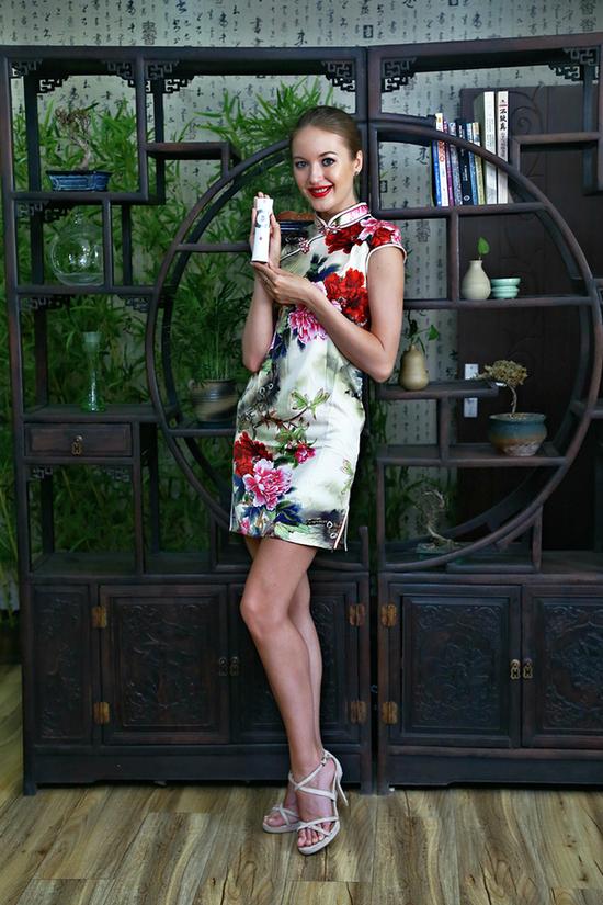 外国美女都爱的中国电视,你,绝对值得拥有。