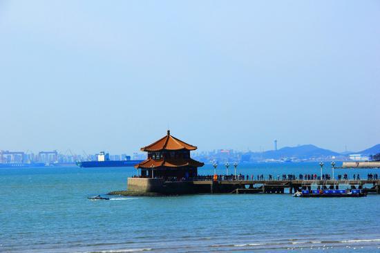 爱在青岛之海上栈桥
