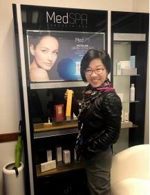 首席体验官王芳在昂热诊所