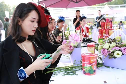 美国加州葡萄干举办优雅花艺活动