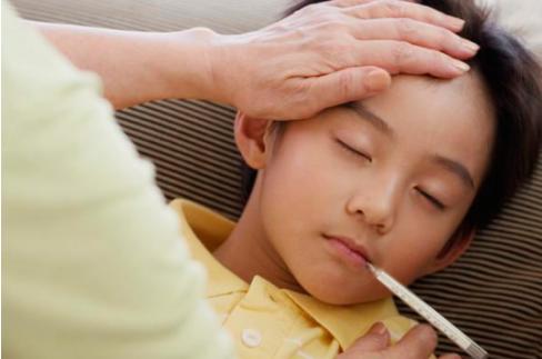 秋季流感频发,汤臣倍健蛋白质粉构筑儿童健康防线!
