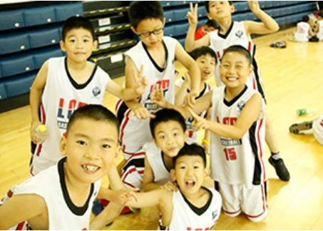 李秋平篮球培训之教练