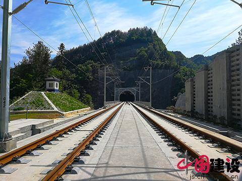 中铁三局西成客专10标宁强隧道