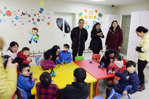 盐城儿童福利院乐观开朗的孩子们及院内专业细致的护理工作让大家心里倍感温暖
