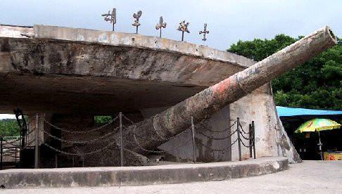 厦门的胡里山炮台景区