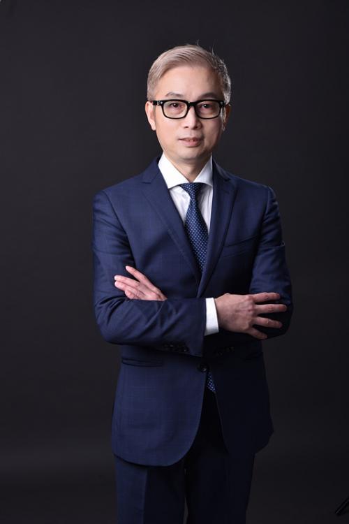 (玉丁香科技创始人兼董事长:龚晔先生)