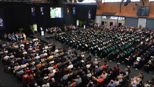 中央昆士兰大学洛克汉普顿校区毕业典礼现场