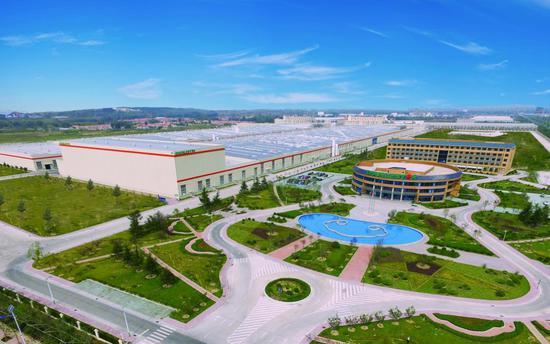 """位于董家口经济区内的双星轮胎""""工业4.0""""智能化工厂"""