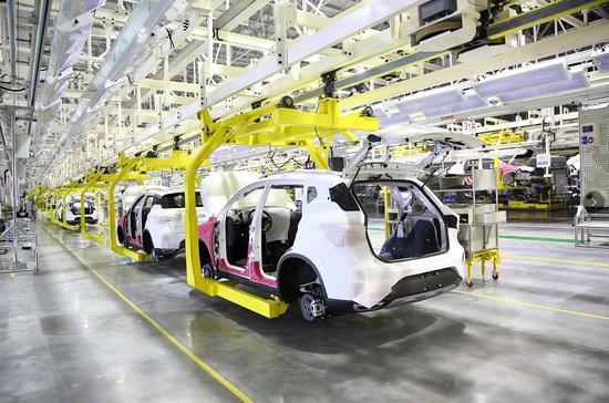 新疆工厂是广汽传祺打造的又一高效率、高质量、绿色环保的智能工厂