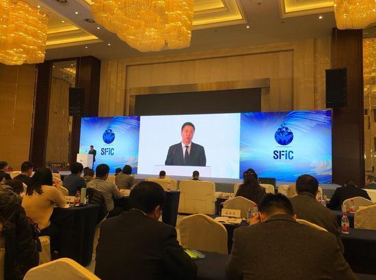 飞鹤乳业副总裁卢光发表精彩演讲