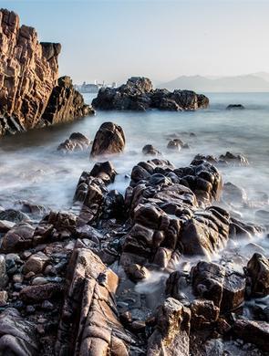 慢速快门中的青岛海岸线 如梦似幻