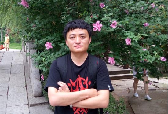李斌,青岛龙湖·滟澜海岸项目标段工程师