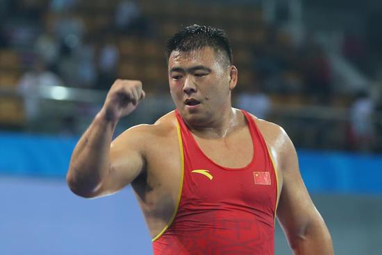 (125公斤级别战神---邓志伟)
