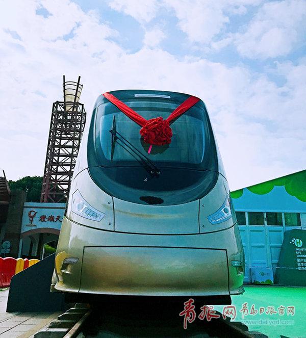 """""""青岛创""""新型氢能源有轨电车下线 预计2019年投用"""