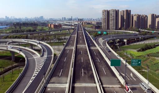 成都将开行凤凰山快速公交K3线、二环快速公交支线K11线