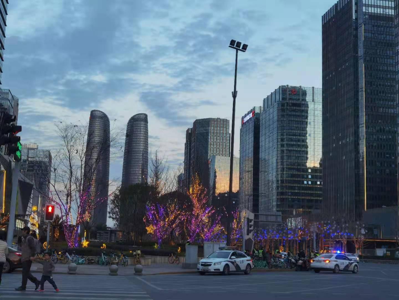 四川出台首批省级支持事项清单 推进成渝地区双城经济圈建设县