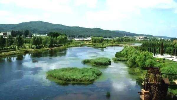 年底前 四川省将全面建立湖长制