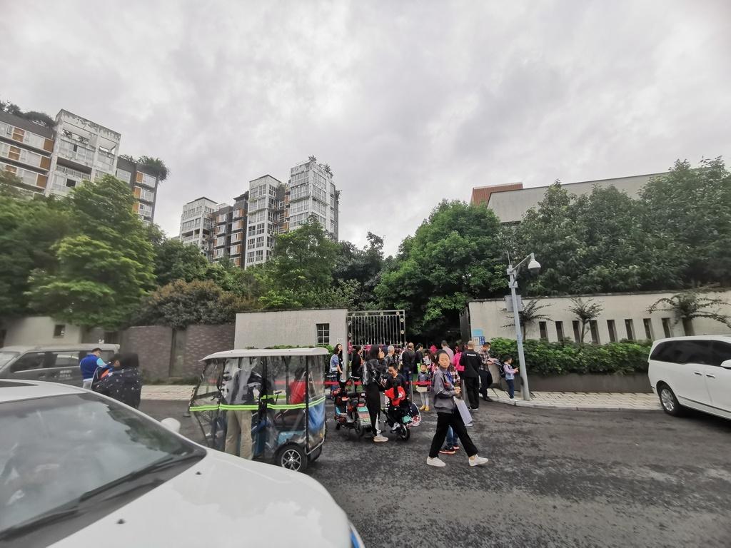 成都锦江区一幼稚园11名孩童出现呕吐、腹泻症状 原因正在查