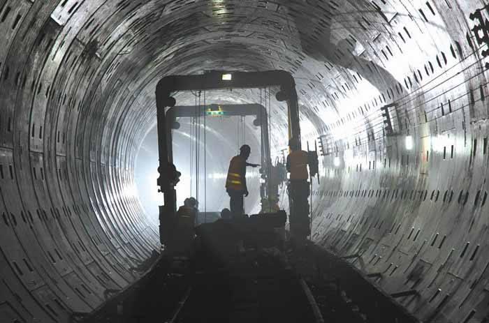 成都地铁6号线开始掘洞 预计2020年开通