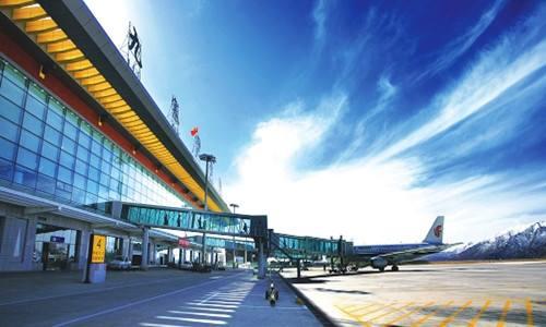 九黄机场明日起恢复至成都航班 最低价仅660元