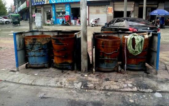 德阳什邡男子专烧垃圾桶 消防8天出警高达34次