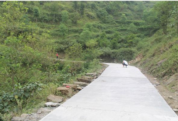 广安820个贫困村全通硬化路 村民告别出行难