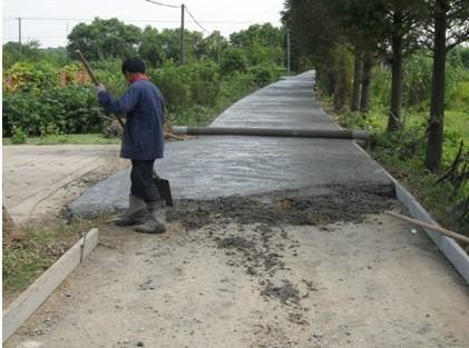 四川今年将新增100个乡镇和2000个建制村通硬化路