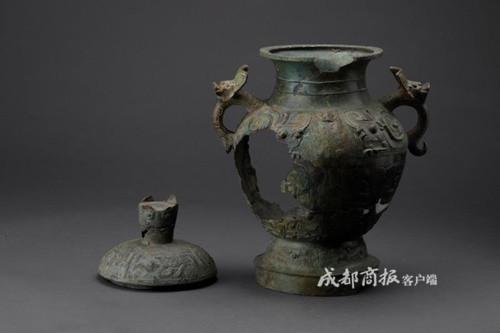 汉连弧纹铜镜等174件残损文物在三星堆成功修复