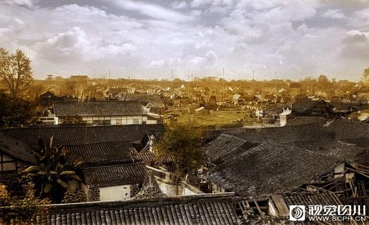用鲜艳的颜色还原经典 看百年前四川人的生活