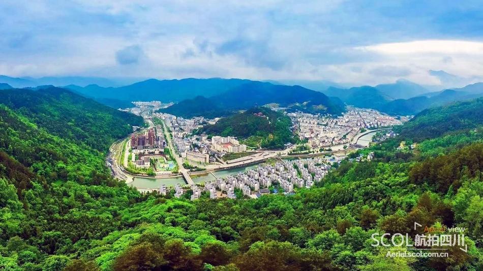 汶川地震10年:飞越秀丽山川美景 鸟瞰青川崭新面貌