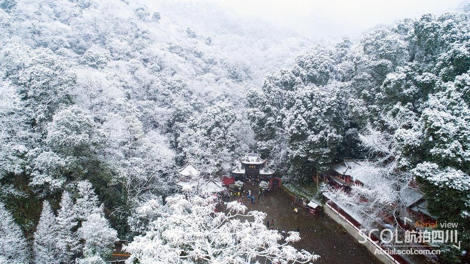 雪景集锦︱空中瞰四川最美雪景