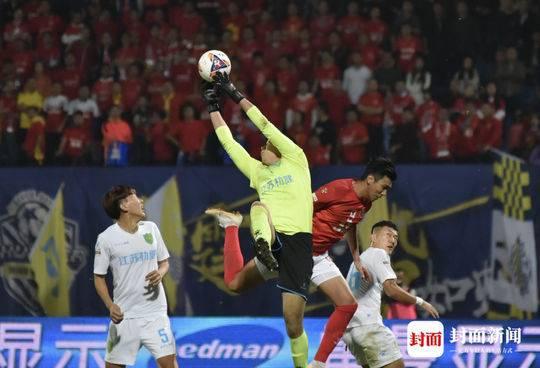 2018国内足球季大幕落下 四川有了3支职业球队