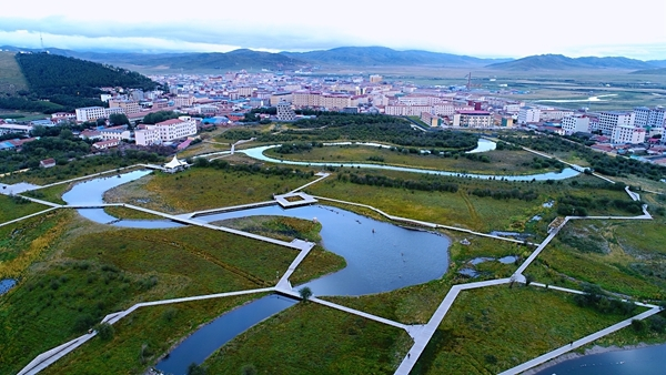 若尔盖县加大市政建设力度 高原崛起草原新城