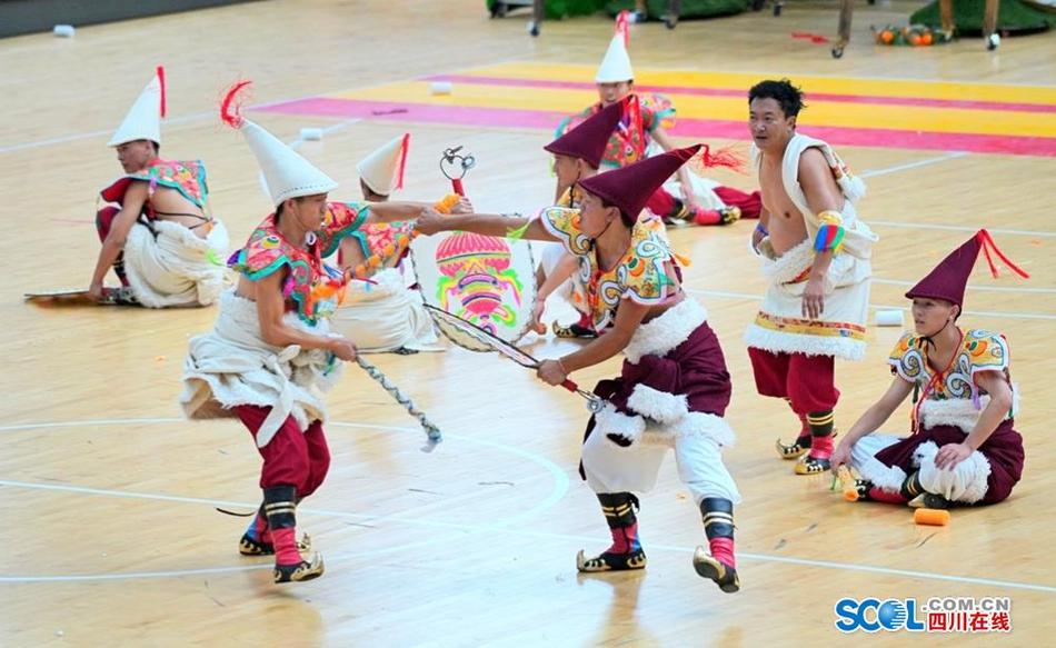 超好看的少数民族表演竞技 速来康定围观!