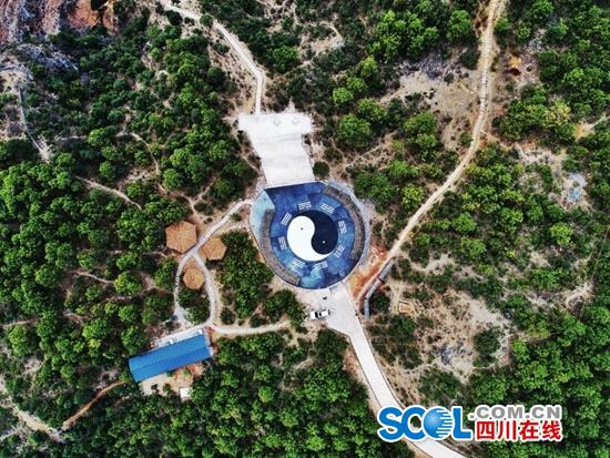 探秘金沙江大峡谷第一景——鬼斧神工老君峰